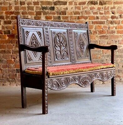 Magnificent George III Solid Oak Bench Settle Small & Petit England Circa 1790