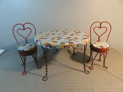 Vintage Twisted Wire Ice Cream Parlor Table and Chairs DOLL