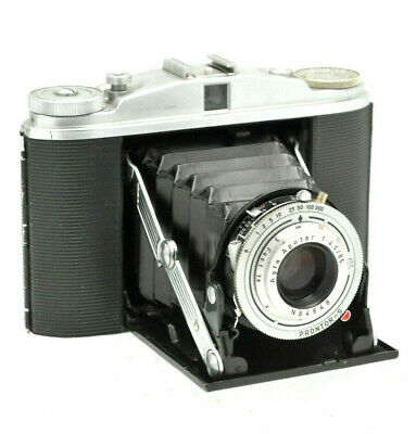 VINTAGE AGFA  ISOLETTE II CAMERA WITH AGFA APOTAR  f 4.5 / 85mm LENS