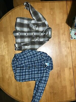 2T Old Navy Button Shirts