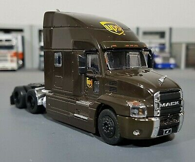 1/64 Mack Anthem Ups Prime Mover New On Display Card Greenlight Aus Free Post