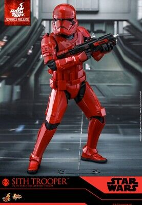 Sideshow Hot Toys Star Wars Red Sith Trooper Sixth Scale SDCC Exclusive