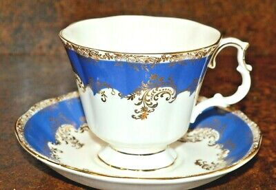 Royal Albert cup and saucer Regina series Sapphire excellent