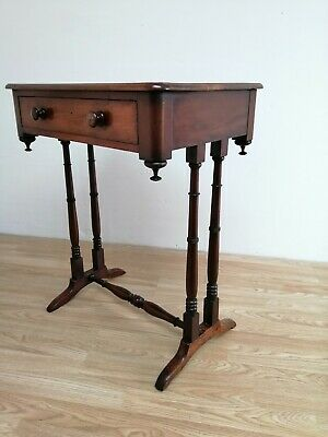 19th Century Compact Mahogany Side Hall Console Lamp Table with Drawer