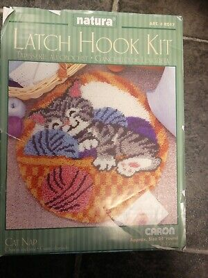 Latch hook Kit Kitten Cat Nap  in Wool Basket New