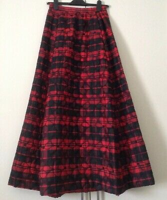 Vintage Handmade Red Black Quilted Flowers Tartan Punk Big Statement Skirt W26''