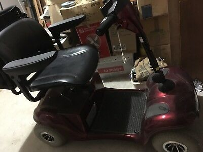 Mobility Scooter -- near new,,Geelong Area