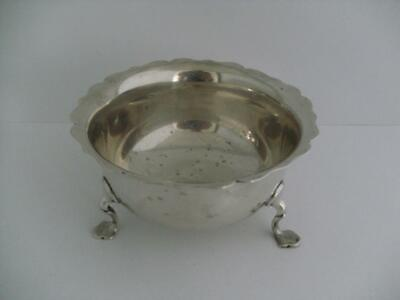 Beautiful Solid Silver Sugar Bowl Sucrier Chester 1900 133.9g