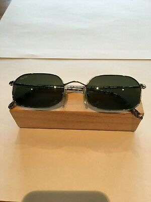 Vintage Ray Ban Sunglasses with original hard shell case.
