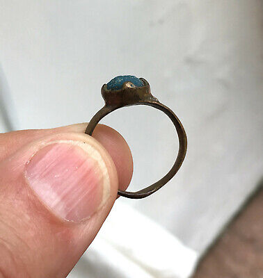Roman or medieval ring, bronze, blue glass stone