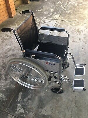 24'' Foldable Lightweight Medical Wheelchair Footrest Backrest Transport Folding