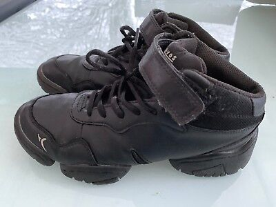 chaussures sport noires DOMYOS  taille 38