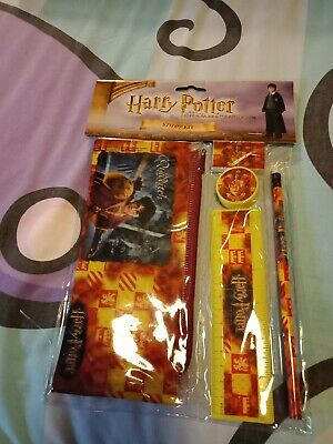 Harry Potter The Chamber of Secrets Study Kit