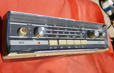 BLAUPUNKT  ANTIQUE  portable am/sw radio made in Germany. For parts not working.
