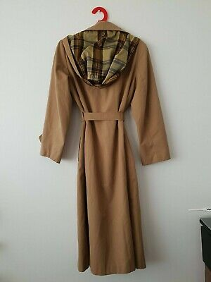 Vintage 1970s Trench Coat Camel and Plaid Large