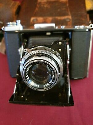 Vintage Zeiss Ikon Ikonta 521/16 camera, case, filters and adapters
