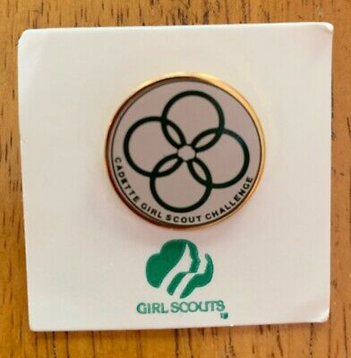 Vintage Girl Scout My Heritage Pin 1972-1980 Cadette Challenge Pin on Card NOS