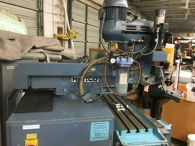 HURCO KM-3P 3 Axis CNC Vertical Mill, Ultimax Control