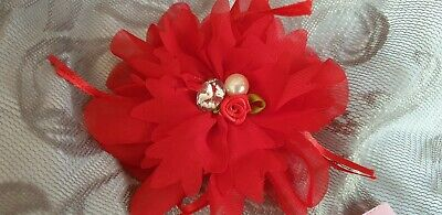 ■ Bnwt (£8) Red Organza Flower Fascinator with Embellished centre. (P193)