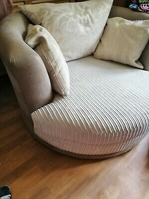Awesome Dfs 2 Seater Sofa Swivel Cuddle Love Chair 75 00 Caraccident5 Cool Chair Designs And Ideas Caraccident5Info