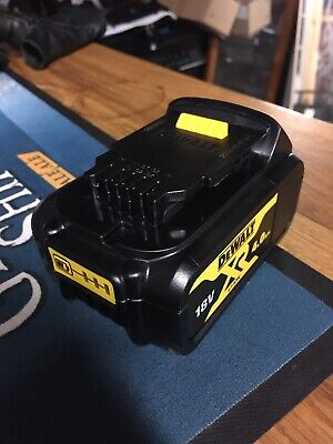 Dewalt Genuine 18V 4.0Ah XR Li-Ion Battery