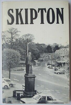 Skipton Guide ~ Circa 1960's/1970's ~ Complete with two maps ~ Good condition