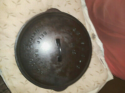 Beautifully Seasoned Vintage Griswold #12 cast iron #472 skillet/pot cover.