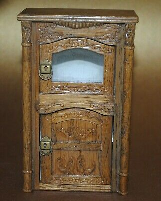 """Vintage Miniature Dollhouse Doll Cabinet GSC Furniture 4.25"""" Tall"""
