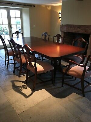 Mahogany Regency style extending dining table 200 cm to 350 cm + 8 chairs