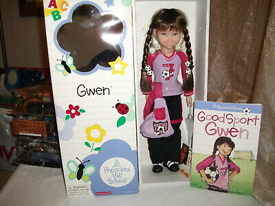 """American Girl Doll Hopscotch Hill """"Gwen"""", Nib, Excellent Cond., With Accessories"""