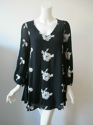 FREE PEOPLE Black Off White Hobo Embroidery Long Sleeves Tunic Swing Dress S