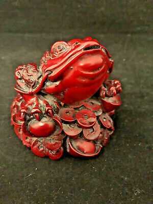 UNRESERVED - Carved Antique Frog Netsuke originating from Japan $1 START