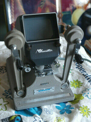 beautiful mint collector Minette single 8mm & super8 film viewer editor vintage