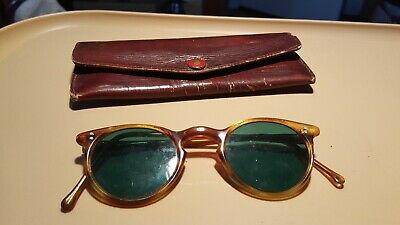 old vintage sunglasses.q