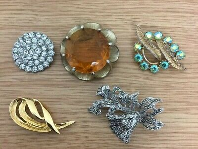Collection Job Lot 5 Vintage Brooches Costume Jewellery