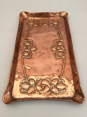 Arts and Crafts Movement copper tray dated 1912 made in Cornwall antique vintage