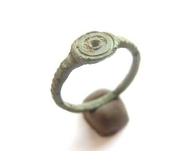 Ancient CELTIC Bronze Ring with concentric dots - ***EVIL EYE*** Motif > 300 BC