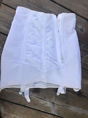 Size Medium True Vintage Girdle & Suspenders Zip & Hook Eye Fastens Ivory Pin Up
