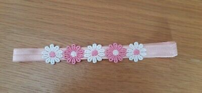 Babies /girls pink Headband with 5 daisies