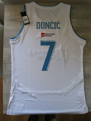 half off 211d4 972bb LUKA DONCIC REAL MADRID BASKETBALL JERSEY sz S - $89.00 ...