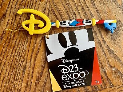 Disney D23 Expo 2019 Disney Store Key Mickey and Friends Special Edition New