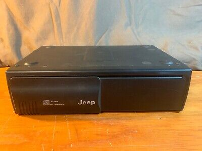 Jeep 10 disc CD auto changer P56042129AI Used