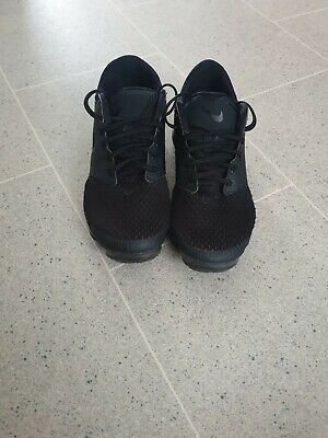 black nike vapourmax size 4. please read description before purchase
