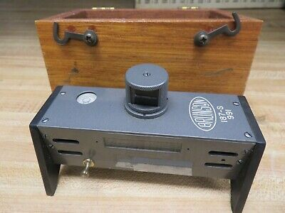 Brunson Instrument Company - Model 187-S Box Level with wooden Case - NN17