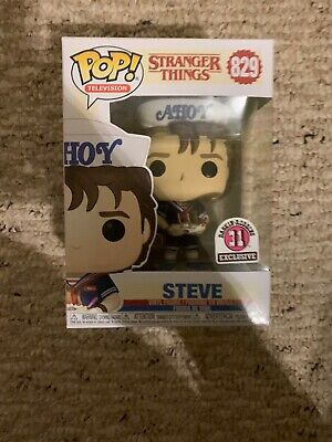 Stranger Things Steve Baskin Robins Exclusive 31 Funko Pop #829 Scoops Ahoy