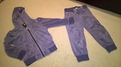 193 H&M velour tracksuit bottoms and top hoodie size 2-4 years