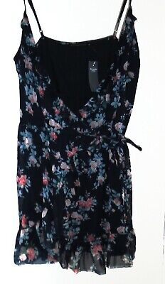 New With Tags Abercrombie Fitch Black Lace Wrap Dress Size