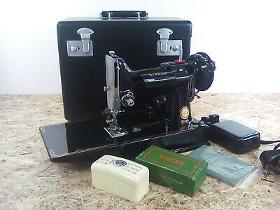 Singer 221K Featherweight Sewing Machine with Swiss Zigzagger +5 Pattern Cams