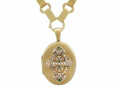 Antique Victorian 0.15 ct Emerald and Seed Pearl, 15Carat Yellow Gold Locket