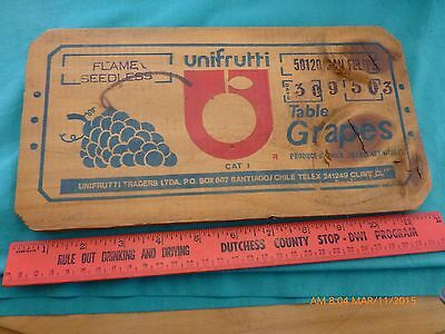 Vtg Crate Box Advertising panel Unifrutti Traders San Felipe Grapes Flame Chile